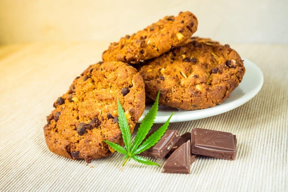Cannabis cookies and cannabis chocolate