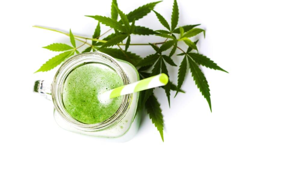 healthy cannabis smoothie